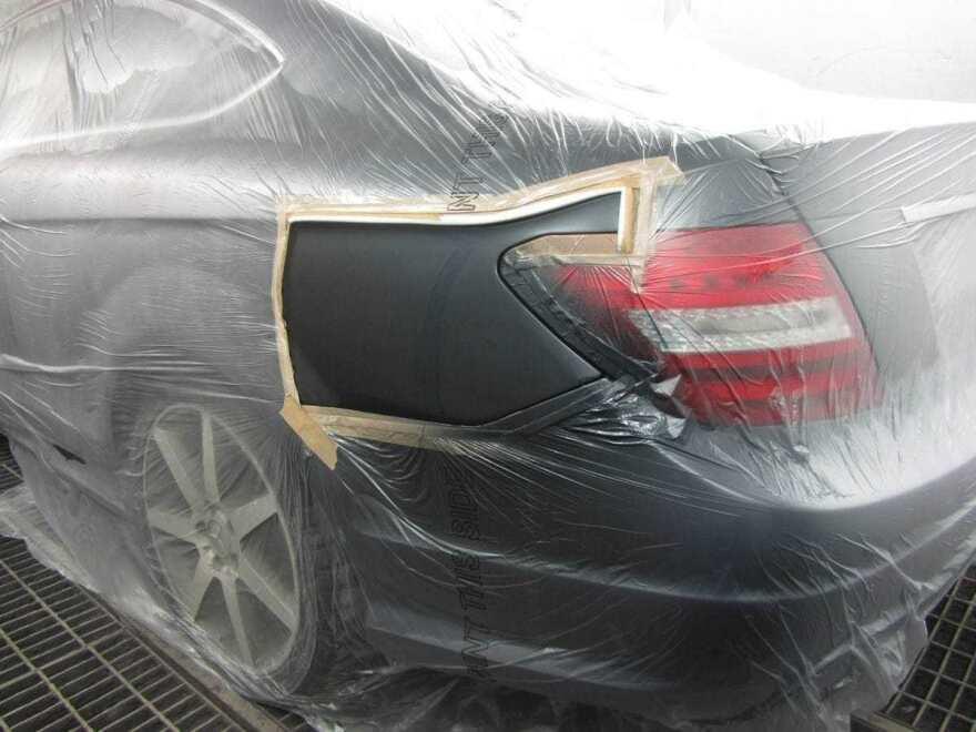 фото покраска двери автомобиля